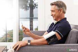 man blood pressure monitoring